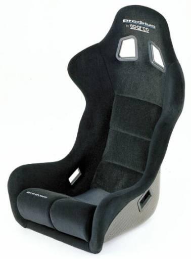 Подходит для большинства водителей.  Сиденье рассчитано под установку 5-ти точечных ремней.  F.I.A. 8855-1999 (CS...